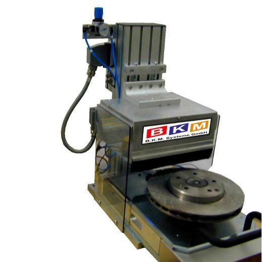 BKM Systeme:: Ritzpräger Tischmaschine BKM RTM820